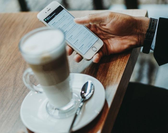 O nossa atenção às redes sociais