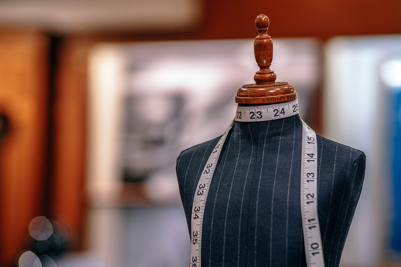 Personalização Automatizada versus Serviço à Medida